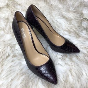 Michael Kors Purple Python pumps